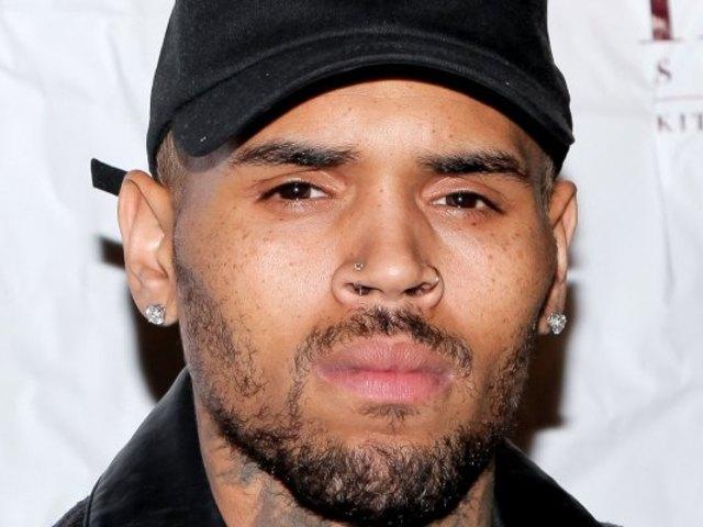 歌手克里斯-布朗被控強姦曾家暴前女友蕾哈娜