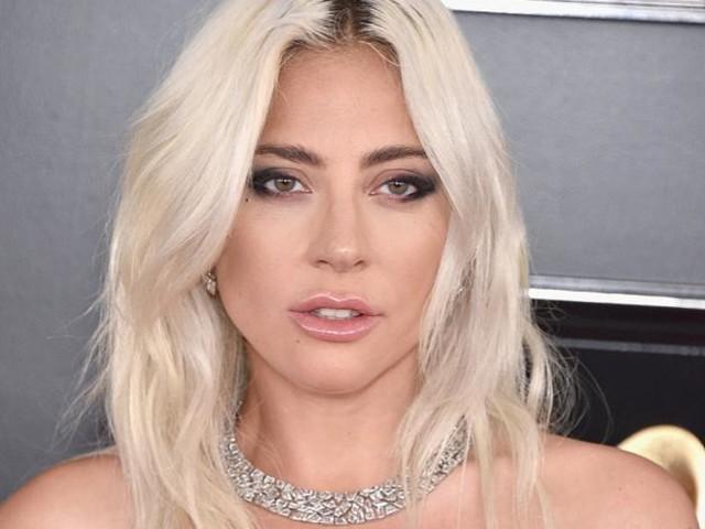 知情人曝Lady Gaga取消婚約原因:因男方醋勁太大